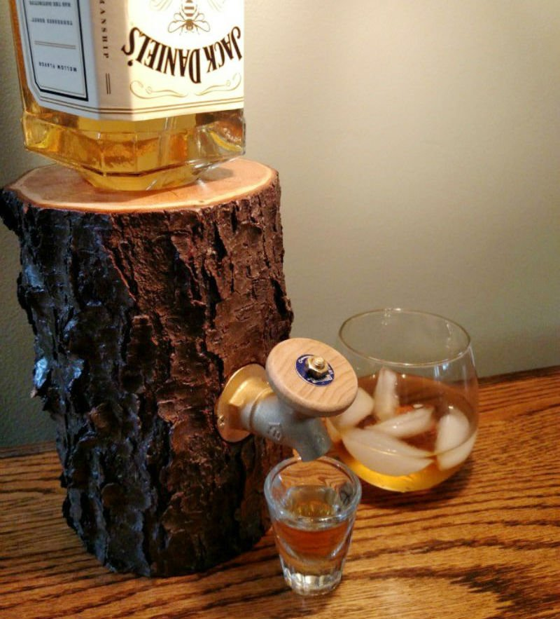 log liquor dispenser