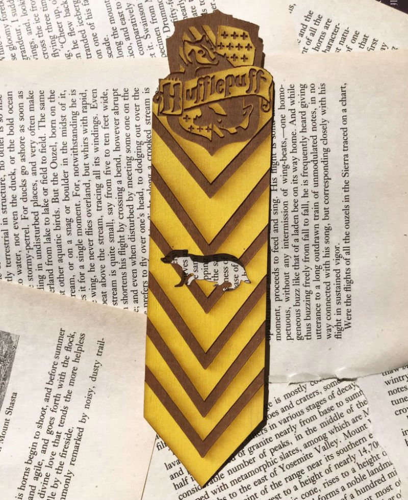 harry potter wooden bookmark hufflepuff