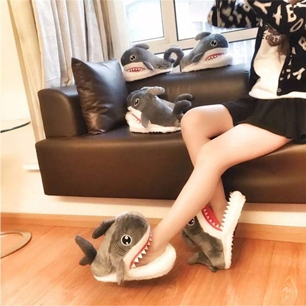 shark slippers 3