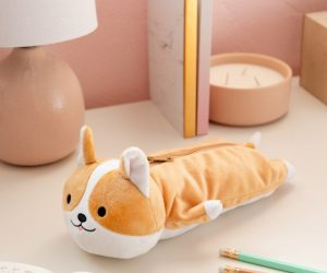 The cutest breed of puppy can now be your cutest back to school accessory! This adorable pencil pouch will hold any standard sized pens and pencils and is super