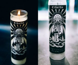 Now, you can honor Great Cthulhu and herald the coming awakening of the Old Ones with this religious-style prayer candle!