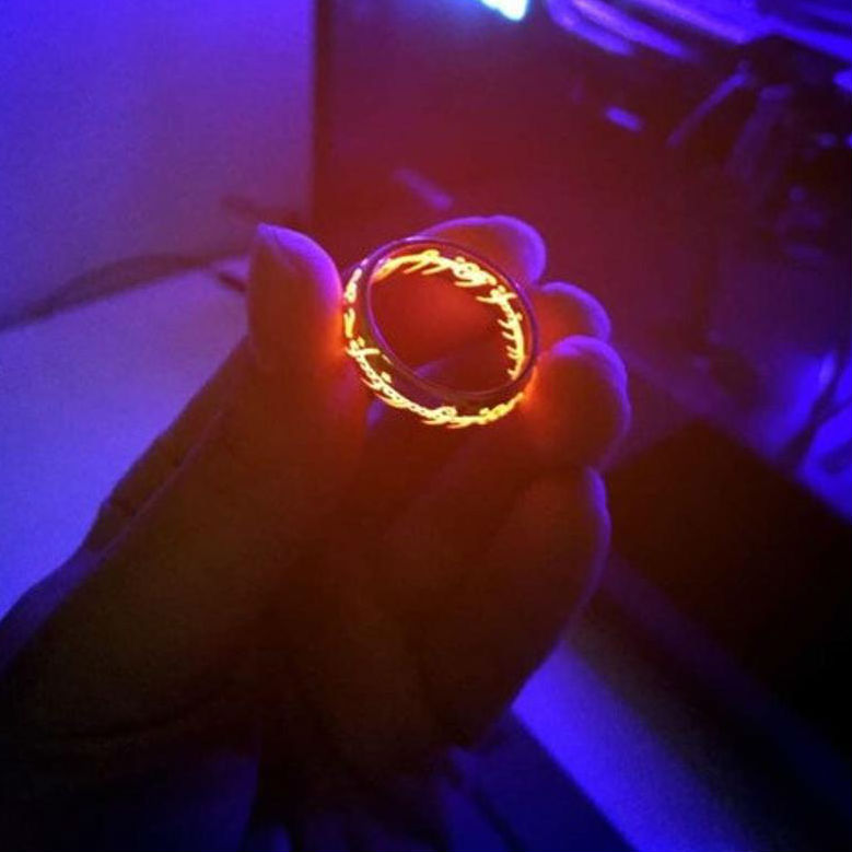 lord of the rings glowing ring