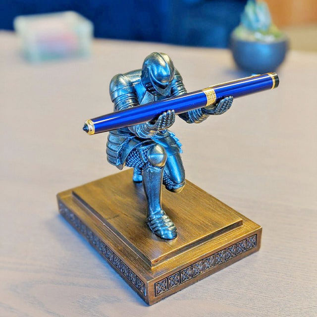 the knight pen holder