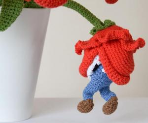 Piranha Plant Crochet Bouquet – This listing pattern ofPiranha Plant Crochet Bouquet is so adorable!