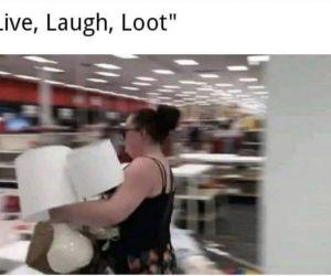 Live Laugh Loot – Meme