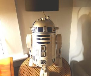 Star Wars R2D2 Table Lamp – Unique Lamp for Star Wars Fans!