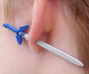 Zelda Master Sword Earrings – Why pull a magical sword from a stone when you can pull it off from your ear?