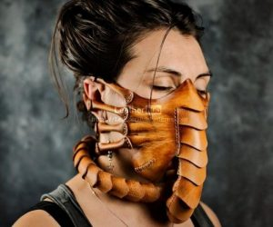 Face Hugger Face Mask – Chestbursters not included!