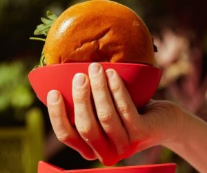 Burger Buddy Sandwich Holder –These small, flexible, silicone bowls make it easier to hold a thick, juice hamburger, sloppy joe, or pulled pork sandwich without dripping mess on your shirt