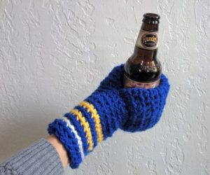 Beer Mitten – The beer mitten will keep your fingers toasty during all of your cozy outdoor evenings from fall through the last frost.