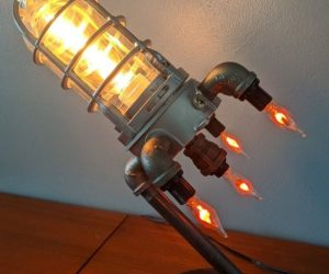 Rocket Ship Lamp – Make your room looking like out of this world with this Rocket Ship Lamp!