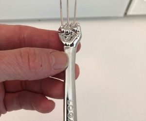 Wolverine Fork – Hugh Jackman's Wolverine Fork is the perfect gift to any Wolverine Fans!