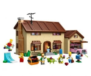 The Simpson's Lego House –Recreate hilarious scenes from the classic animated TV series with The Simpsons Lego House.