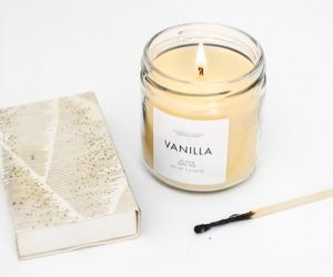 Prank Candle: Vanilla to Fart – Prank candles smell great at first but after 5 hours they will smell like farts!