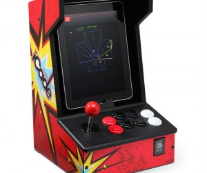 Bring back all your favorite classics with the iCade iPad Arcade. In addition to coming with 100 classic Atari games many iOS games are compatible with the iCade.