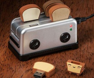 The toaster usb hub is absolutely the cutest way to store your USB drives.
