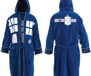 Doctor Who Bathrobe – You might as well be confortable when you're traveling through time.