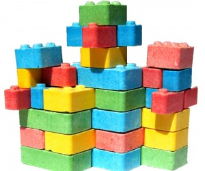 Candy Legos – If you're tired of cleaning up all those legos when you're done stacking them, then here's the solution for you. Cleanup is much easier and more fun