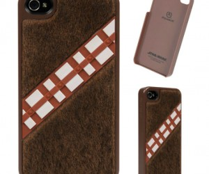 Chewbacca iPhone 5 Case – There is no way you can put this case on your iPhone without downloading a Chewbacca ring tone!! Rrrrrrr-ghghghghgh!