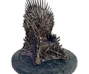 Game of Thrones Replica Statue – Measures 14 inches tall, only for the tiniest of Kings