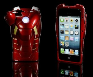 The Arc Reactor LED lights up as a notification indicator and the shoulder opens up for camera use, it's almost as cool as Iron Man himself!