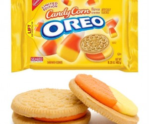 Candy Corn Oreos – I'd love to get a pack of these in my trick or treat bag!