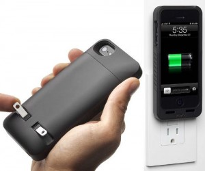 No wires to untangle, just plug your iPhone directly into the wall!