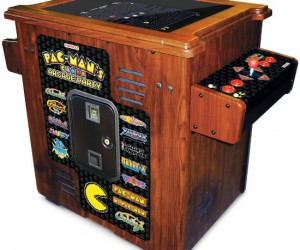 Pacman Arcade Table – The perfect addition to your gamecave!