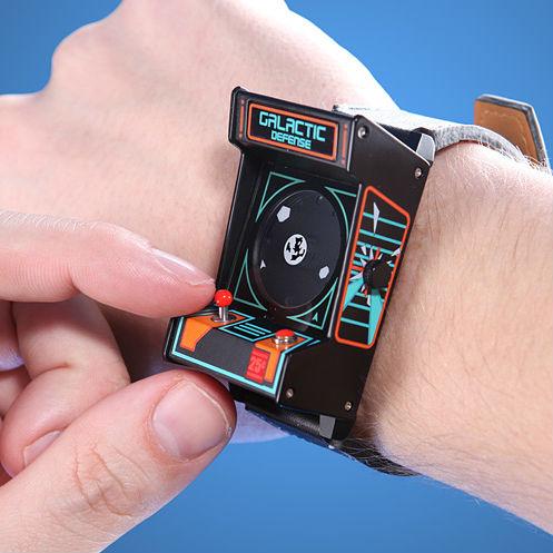 Retro Arcade Cabinet Watch