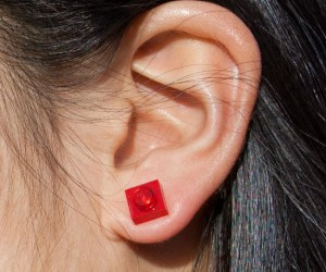 Lego Stud Earrings – Now you can play with your jewelry, try adding more Legos and making some custom earrings!