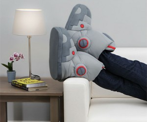 Giant Robot Slippers With Sound – You've always wanted to be a robot so here's a good start!