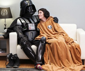 Star Wars Jedi Robe Sleeved Blanket – Did you know Jedis wear those robes for comfort? They are just so snuggly soft!