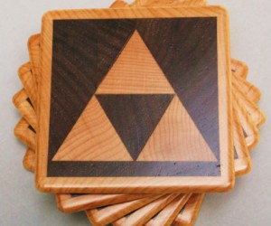 Zelda Triforce Coasters – It's dangerous to put a drink on a coffee table alone, here take this!
