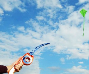 No more running to get your kite started, now you can just cast it like a fishing pole!