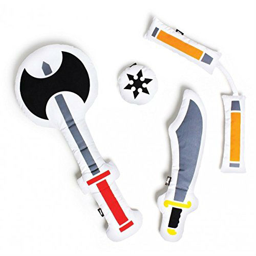 weapons-pillow-fight-pillows