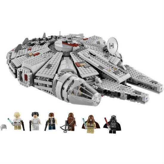 millenium falcon lego set