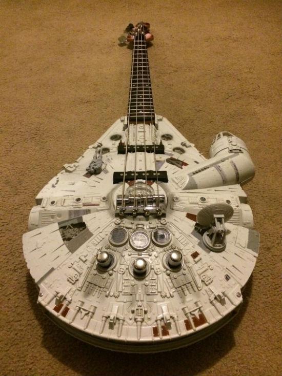 millennium-falcon-bass-guitar