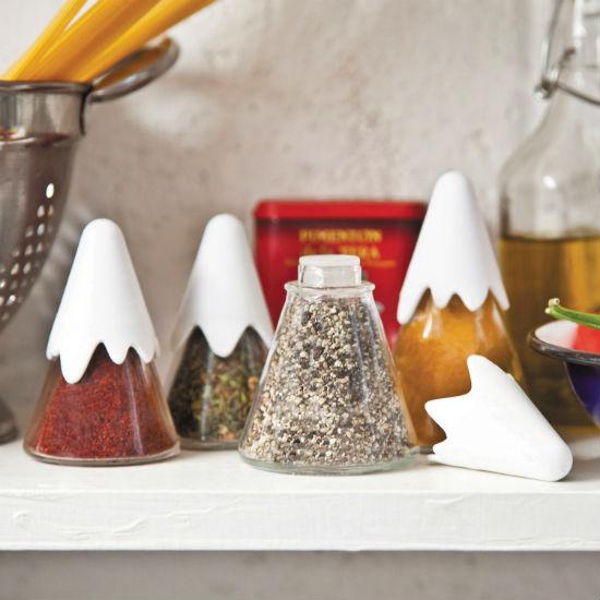 himalaya spice shakers