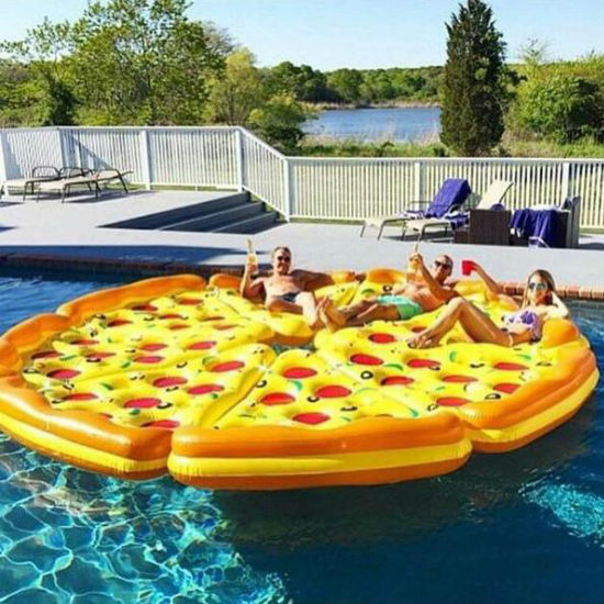 pizza-pool-float