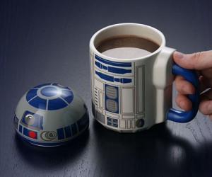 R2D2 Lidded Mug – The perfect Droid to hold your coffee!