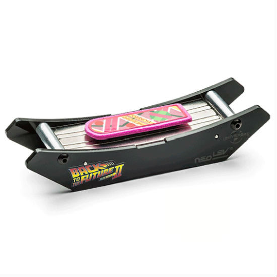 bttf-finger-hoverboard-2