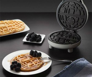 Death Star Waffle Maker – Come to the Dark Side, we have waffles!