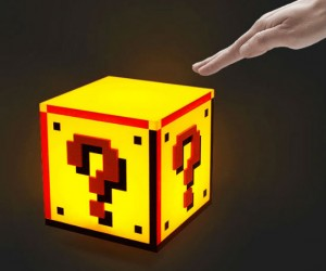 Mario Question Block Lamp – Officially licensed Nintendo lamp with authentic sounds!