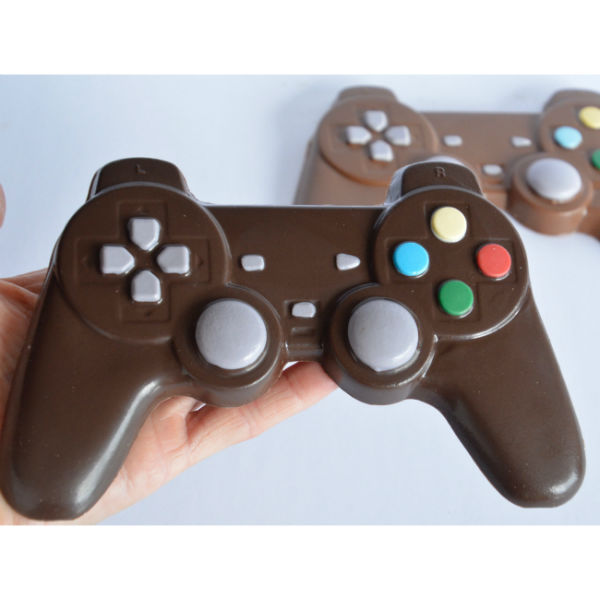 chocolate-playstation-controller-suatmm