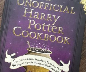The Unofficial Harry Potter Cookbook – With this cookbook, dining a la Hogwarts is as easy as Banoffi Pie. With more than 150 easy-to-make recipes, tips, and techniques, you can indulge