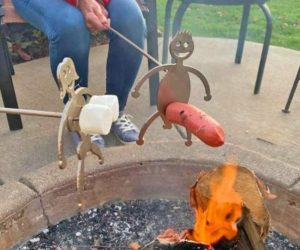 Adult Roasters Hot Dog & Marshmallow Roasting Sticks – Roasting has never been NSFW with these funny roasting sticks!