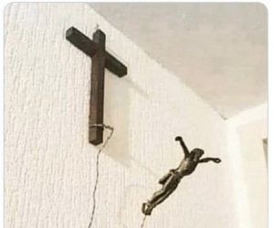 Bored With Regular Jesus? Spice Up Your Wall With BunGeeZus – Meme