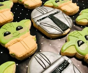Baby Yoda Cookies – Enjoy binging the new series of the Mandalorian with these or make them the hit of your next party!