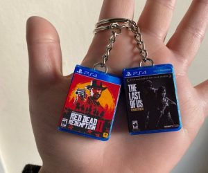 Mini PS4 Games Keychain – Here you are looking at Mini Game Keychains for PS4!