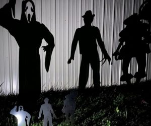 Halloween Metal Yard Stakes – Show your love for Halloween with these metal stakes that feature iconic Halloween villains!